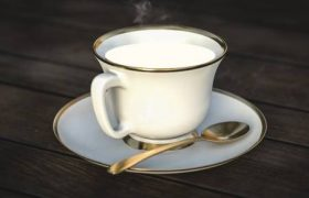 Теплое молоко на ночь